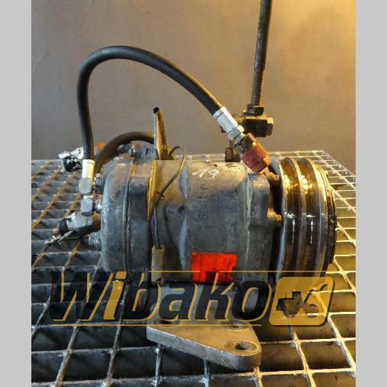 Air conditioning compressor Hanomag 70E
