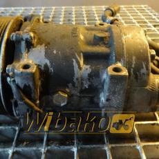 Air conditioning compressor Volvo L180