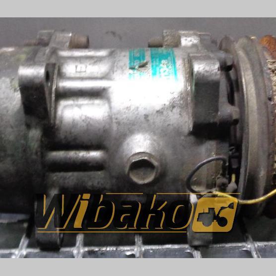 Air conditioning compressor Sanden R134A B709S12