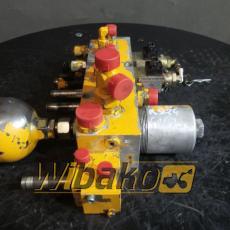 Zestaw zaworów Liebherr R924 HDSL A, E-3