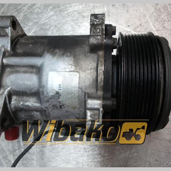Air conditioning compressor Liebherr SD7M15 B709S31