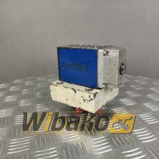 Conjunto de válvula Bosch 0810001877 081WV10P1V4012D00