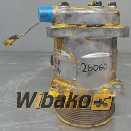 Air conditioning compressor Liebherr D924 508S121A