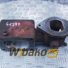 Adapter kolektora wydechowego Caterpillar 3408 4W9636