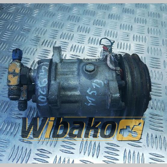 Air conditioning compressor Sanden 4646 01052712570
