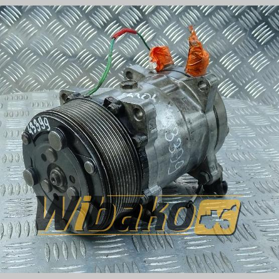 Air conditioning compressor Sanden 508T1