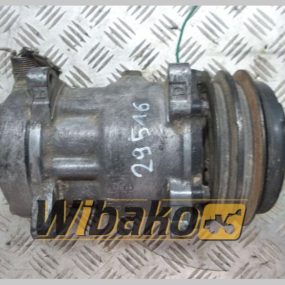 Air conditioning compressor Sanden SD7H15 4298708680