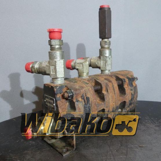 Pompa hydrauliczna P307-3095 B-9