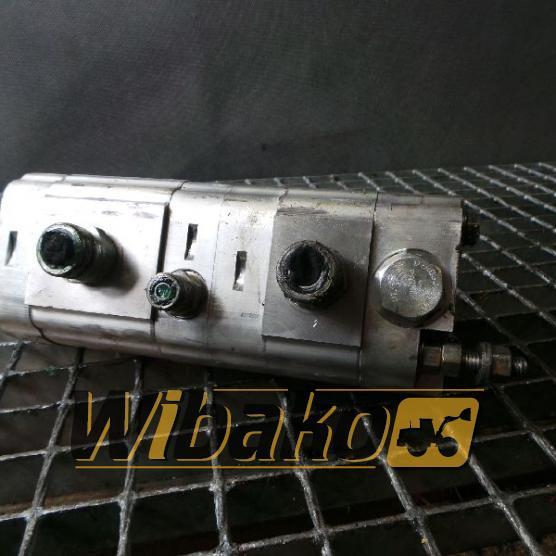Bomba dentada Volvo L180E (2)