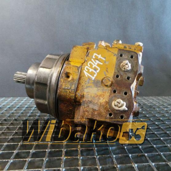 мотор хода Komatsu 706-75-10402