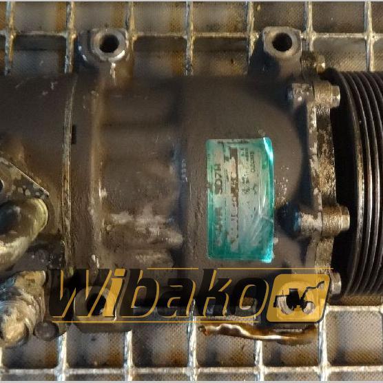 Air conditioning compressor Scania SD7H