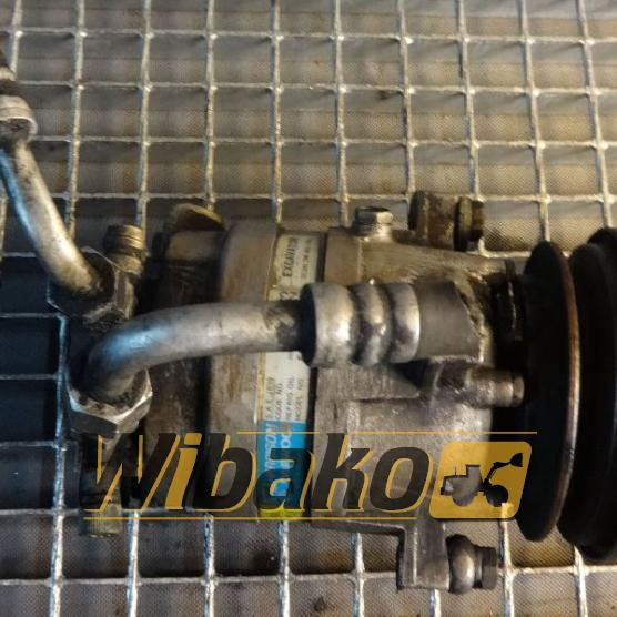 Air conditioning compressor Daewoo J639 5110523