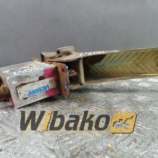 Pedal Vickers 527940F/97/H HRC2RLB130