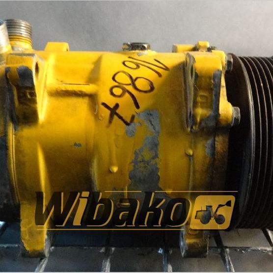Air conditioning compressor Sanden 1725303880